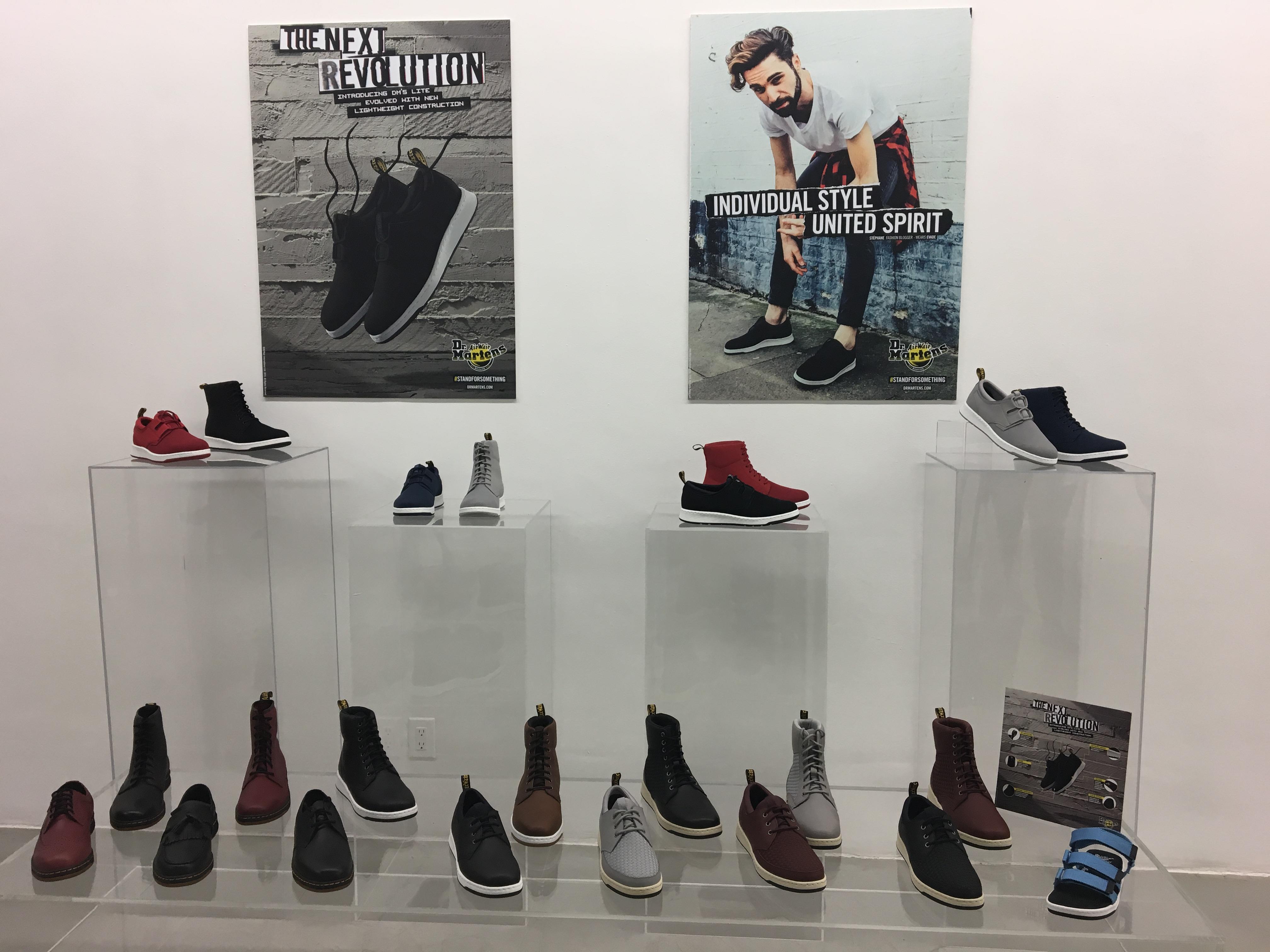 profondamente pollice molto bella  Fashion Corner: Dr. Martens Spring/Summer 2017 Collection - A Rain of  Thought